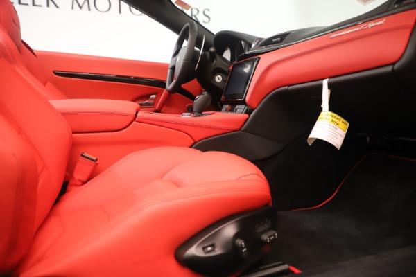 New 2018 Maserati GranTurismo Sport Convertible for sale $159,740 at Pagani of Greenwich in Greenwich CT 06830 27