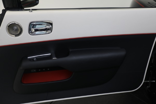 Used 2019 Rolls-Royce Dawn for sale $379,900 at Pagani of Greenwich in Greenwich CT 06830 16