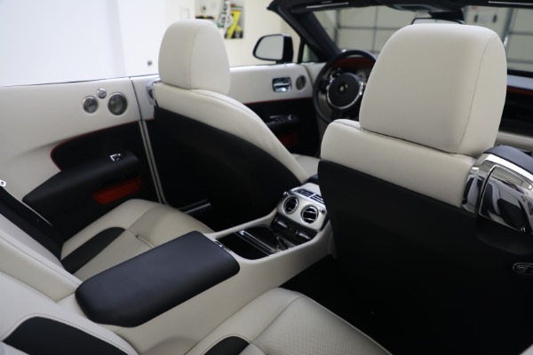 Used 2019 Rolls-Royce Dawn for sale $379,900 at Pagani of Greenwich in Greenwich CT 06830 24
