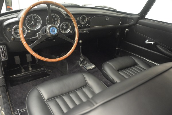 Used 1961 Aston Martin DB4 Series IV Coupe for sale $625,900 at Pagani of Greenwich in Greenwich CT 06830 21