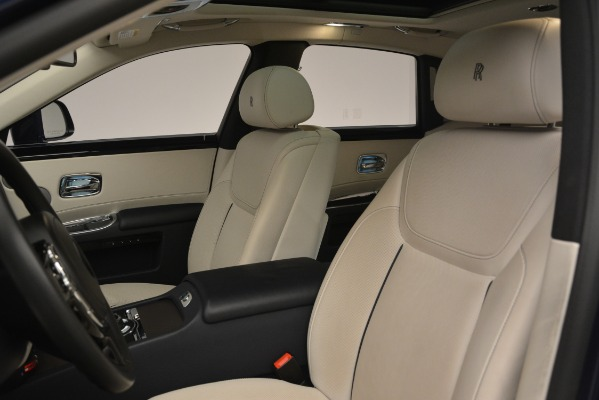 Used 2016 Rolls-Royce Ghost for sale Sold at Pagani of Greenwich in Greenwich CT 06830 12
