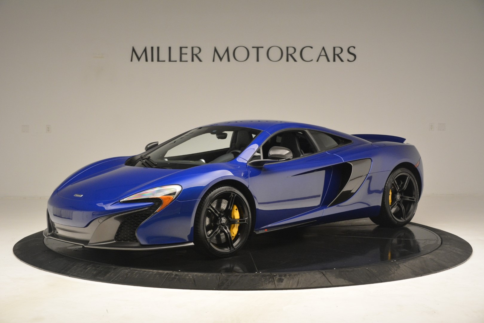 Used 2015 McLaren 650S Coupe for sale $139,900 at Pagani of Greenwich in Greenwich CT 06830 1