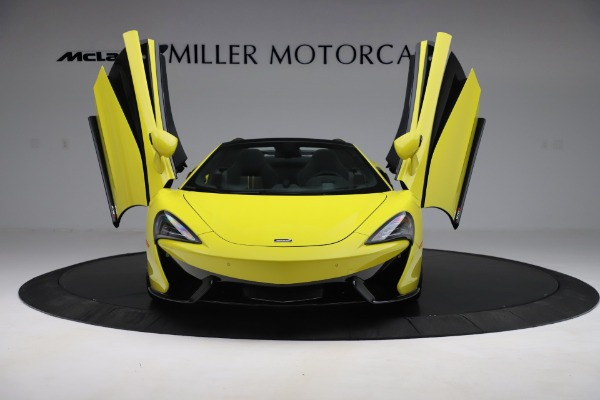 New 2019 McLaren 570S SPIDER Convertible for sale $227,660 at Pagani of Greenwich in Greenwich CT 06830 17