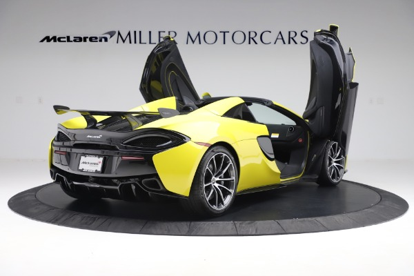 New 2019 McLaren 570S SPIDER Convertible for sale $227,660 at Pagani of Greenwich in Greenwich CT 06830 21