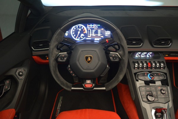 Used 2017 Lamborghini Huracan LP 610-4 Spyder for sale Sold at Pagani of Greenwich in Greenwich CT 06830 20