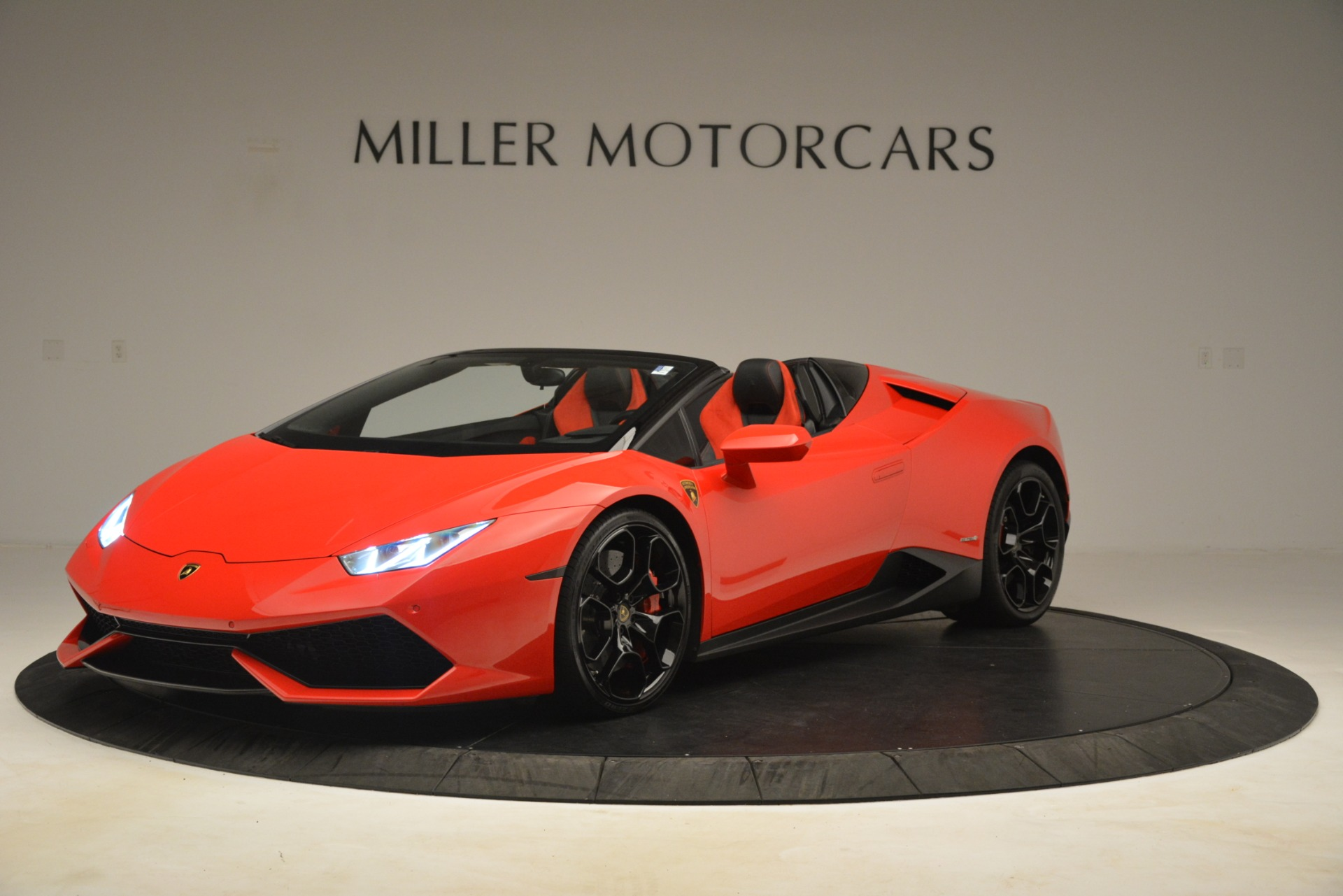 Used 2017 Lamborghini Huracan LP 610-4 Spyder for sale Sold at Pagani of Greenwich in Greenwich CT 06830 1