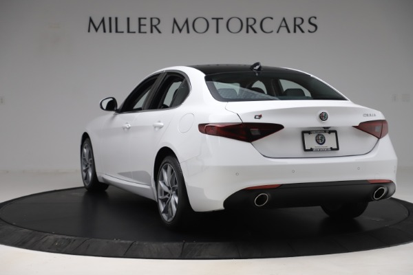New 2019 Alfa Romeo Giulia Q4 for sale Sold at Pagani of Greenwich in Greenwich CT 06830 5