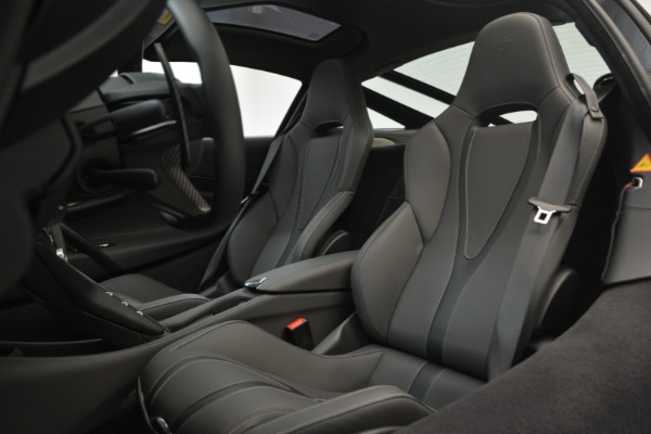 Used 2018 McLaren 720S for sale $269,900 at Pagani of Greenwich in Greenwich CT 06830 16