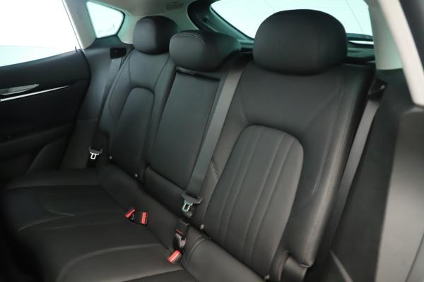 New 2019 Maserati Levante Q4 Nerissimo for sale $89,850 at Pagani of Greenwich in Greenwich CT 06830 18