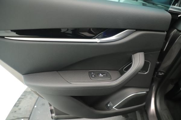 New 2019 Maserati Levante Q4 Nerissimo for sale $89,850 at Pagani of Greenwich in Greenwich CT 06830 21