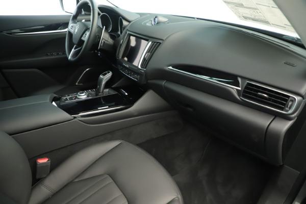 New 2019 Maserati Levante Q4 Nerissimo for sale $89,850 at Pagani of Greenwich in Greenwich CT 06830 22