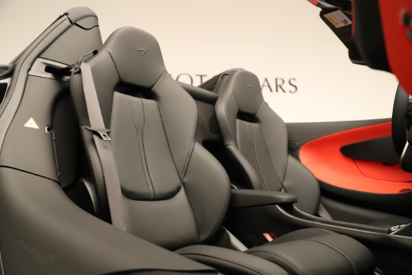 Used 2020 McLaren 600LT Spider for sale $249,900 at Pagani of Greenwich in Greenwich CT 06830 25