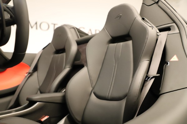 Used 2020 McLaren 600LT Spider for sale $249,900 at Pagani of Greenwich in Greenwich CT 06830 27