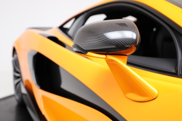 New 2019 McLaren 600LT for sale $279,310 at Pagani of Greenwich in Greenwich CT 06830 22