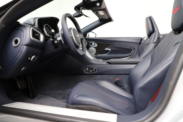 Used 2019 Aston Martin DB11 Volante for sale $204,900 at Pagani of Greenwich in Greenwich CT 06830 21