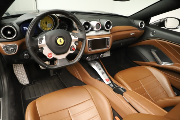 Used 2015 Ferrari California T for sale $139,900 at Pagani of Greenwich in Greenwich CT 06830 20