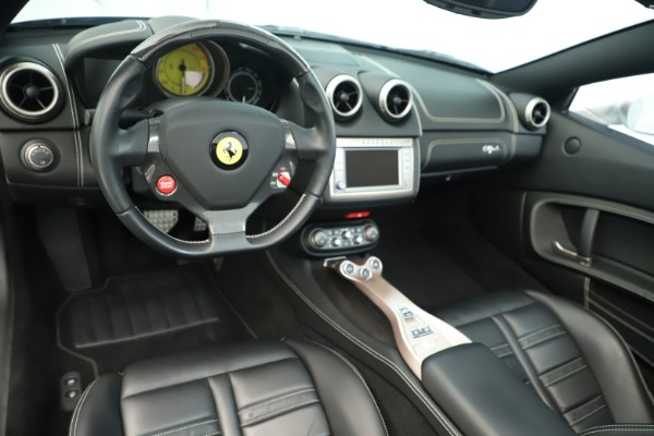 Used 2014 Ferrari California 30 for sale Sold at Pagani of Greenwich in Greenwich CT 06830 20