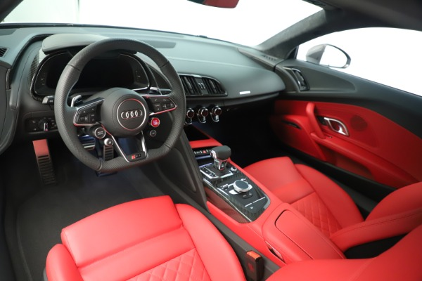 Used 2018 Audi R8 5.2 quattro V10 Plus for sale Sold at Pagani of Greenwich in Greenwich CT 06830 14