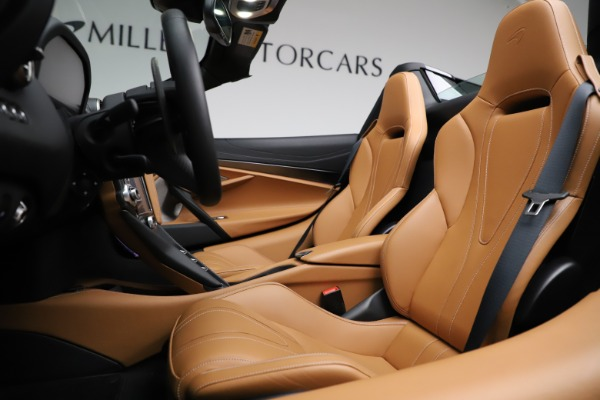 New 2020 McLaren 720S SPIDER Convertible for sale $374,830 at Pagani of Greenwich in Greenwich CT 06830 24