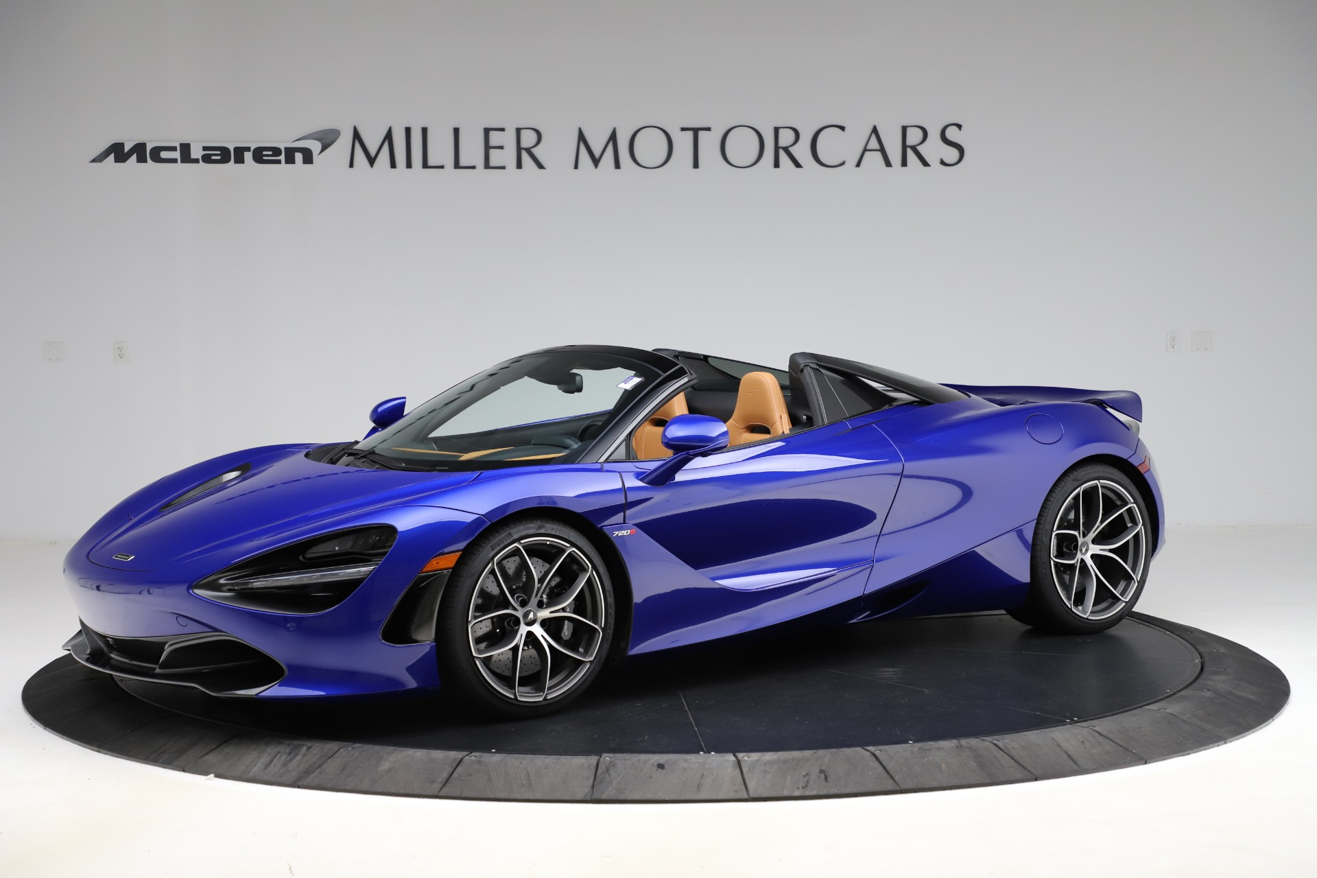 New 2020 McLaren 720S SPIDER Convertible for sale $374,830 at Pagani of Greenwich in Greenwich CT 06830 1