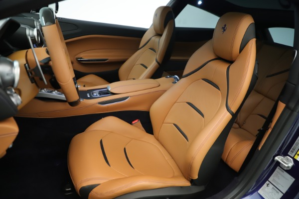 Used 2019 Ferrari GTC4Lusso for sale Sold at Pagani of Greenwich in Greenwich CT 06830 15