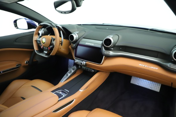 Used 2019 Ferrari GTC4Lusso for sale Sold at Pagani of Greenwich in Greenwich CT 06830 20