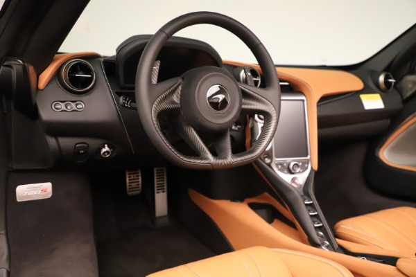 New 2020 McLaren 720S Spider for sale $372,250 at Pagani of Greenwich in Greenwich CT 06830 8