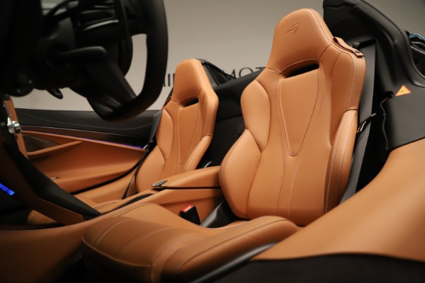 New 2020 McLaren 720S SPIDER Convertible for sale Sold at Pagani of Greenwich in Greenwich CT 06830 26