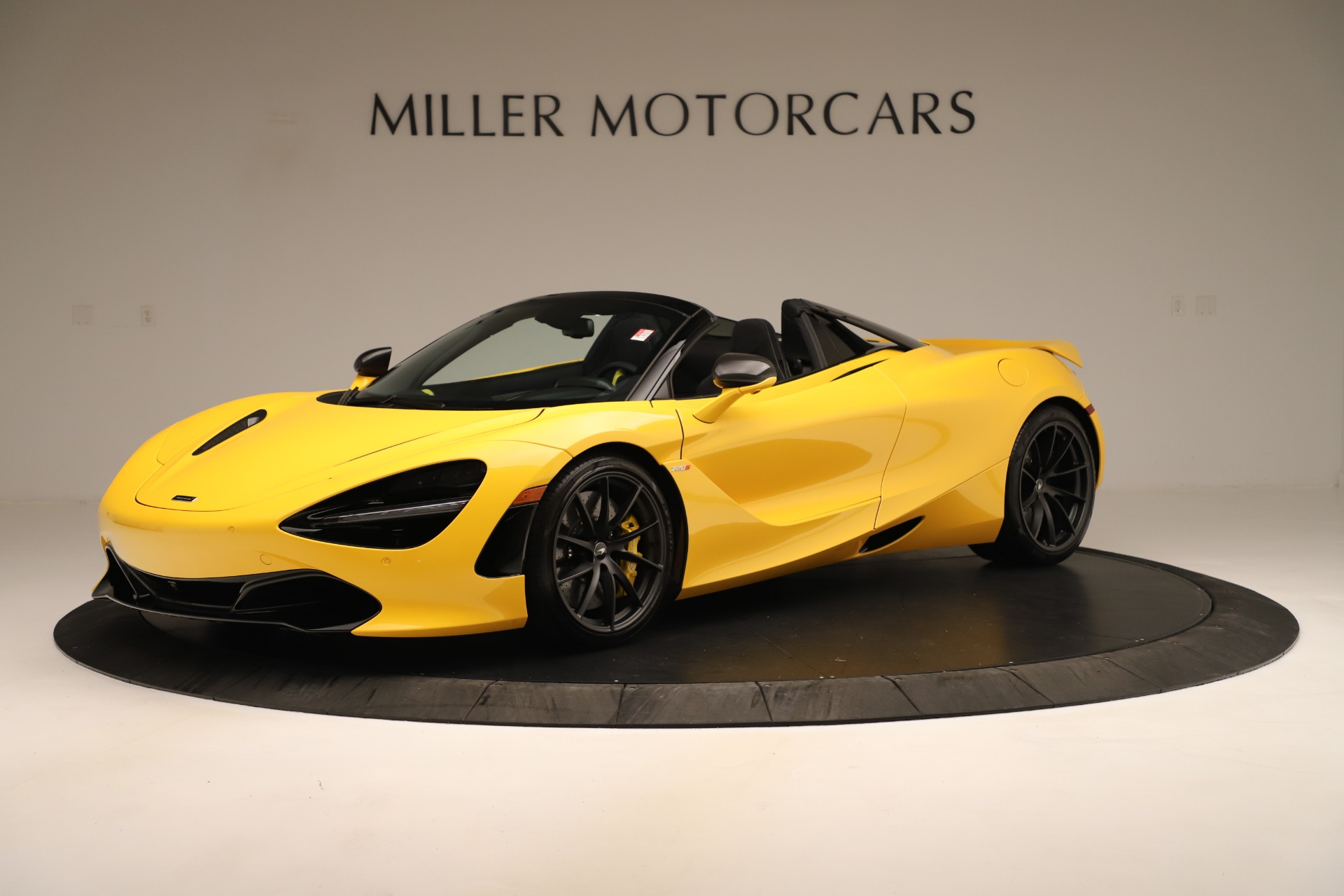 New 2020 McLaren 720S SPIDER Convertible for sale $385,690 at Pagani of Greenwich in Greenwich CT 06830 1