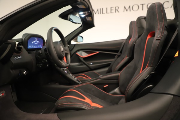 New 2020 McLaren 720S SPIDER Convertible for sale $389,940 at Pagani of Greenwich in Greenwich CT 06830 27