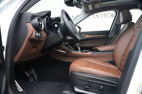 New 2019 Alfa Romeo Stelvio Ti Lusso Q4 for sale Sold at Pagani of Greenwich in Greenwich CT 06830 14