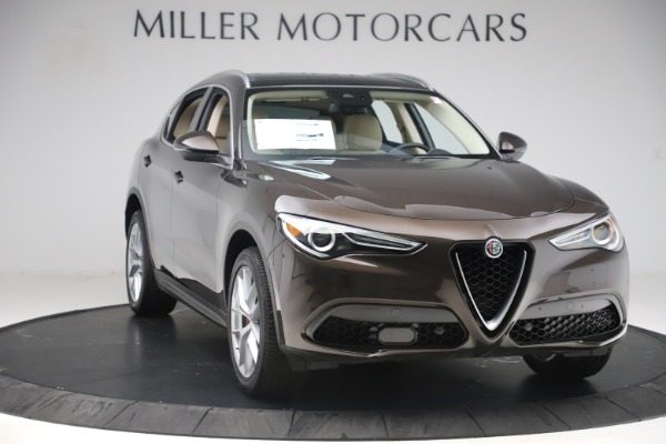 New 2019 Alfa Romeo Stelvio Ti Lusso Q4 for sale Sold at Pagani of Greenwich in Greenwich CT 06830 11