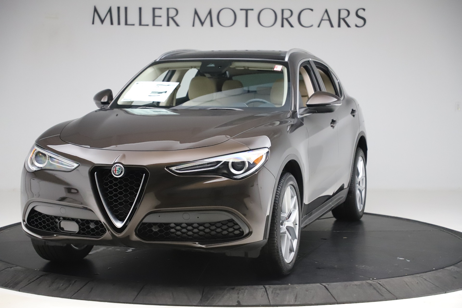 New 2019 Alfa Romeo Stelvio Ti Lusso Q4 for sale Sold at Pagani of Greenwich in Greenwich CT 06830 1