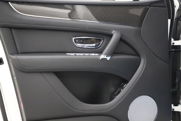 New 2020 Bentley Bentayga V8 Design Series for sale $216,860 at Pagani of Greenwich in Greenwich CT 06830 17