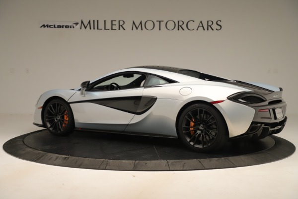 Used 2016 McLaren 570S Coupe for sale Sold at Pagani of Greenwich in Greenwich CT 06830 3