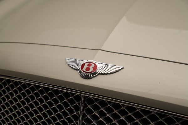 Used 2015 Bentley Flying Spur V8 for sale Sold at Pagani of Greenwich in Greenwich CT 06830 13