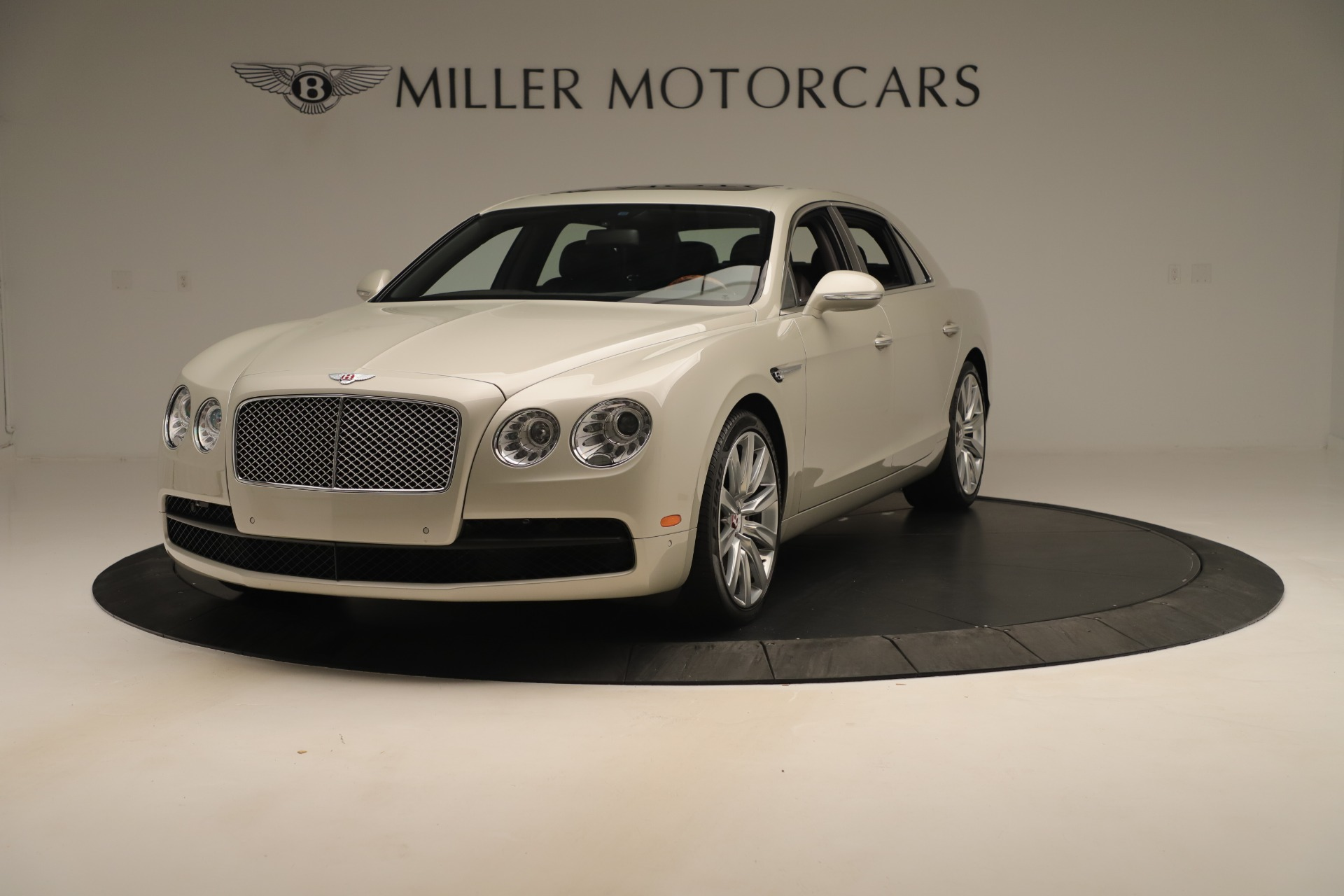 Used 2015 Bentley Flying Spur V8 for sale Sold at Pagani of Greenwich in Greenwich CT 06830 1