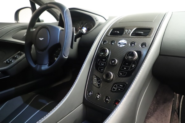 Used 2014 Aston Martin Vanquish Coupe for sale $116,900 at Pagani of Greenwich in Greenwich CT 06830 17