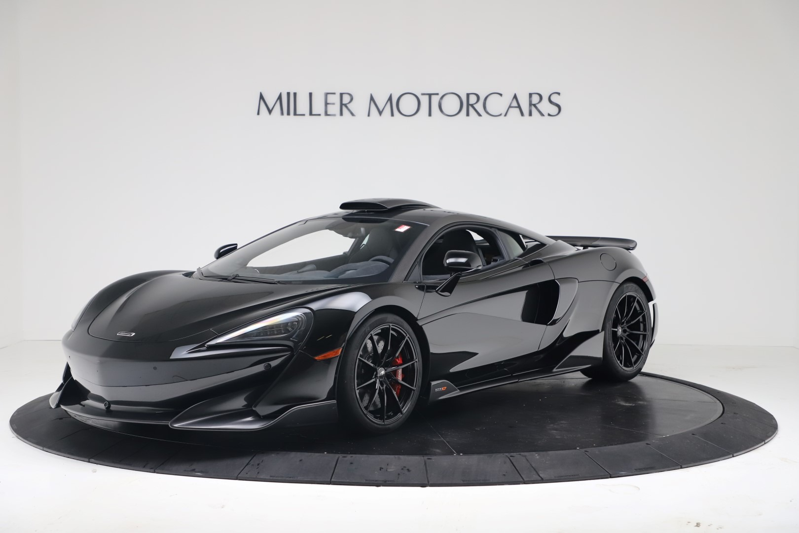 New 2019 McLaren 600LT Coupe for sale $305,639 at Pagani of Greenwich in Greenwich CT 06830 1