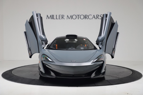 New 2019 McLaren 600LT Coupe for sale $311,619 at Pagani of Greenwich in Greenwich CT 06830 11