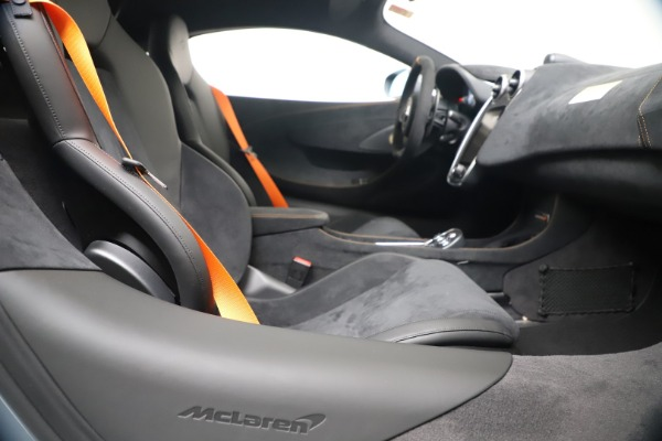 New 2019 McLaren 600LT for sale $311,619 at Pagani of Greenwich in Greenwich CT 06830 23