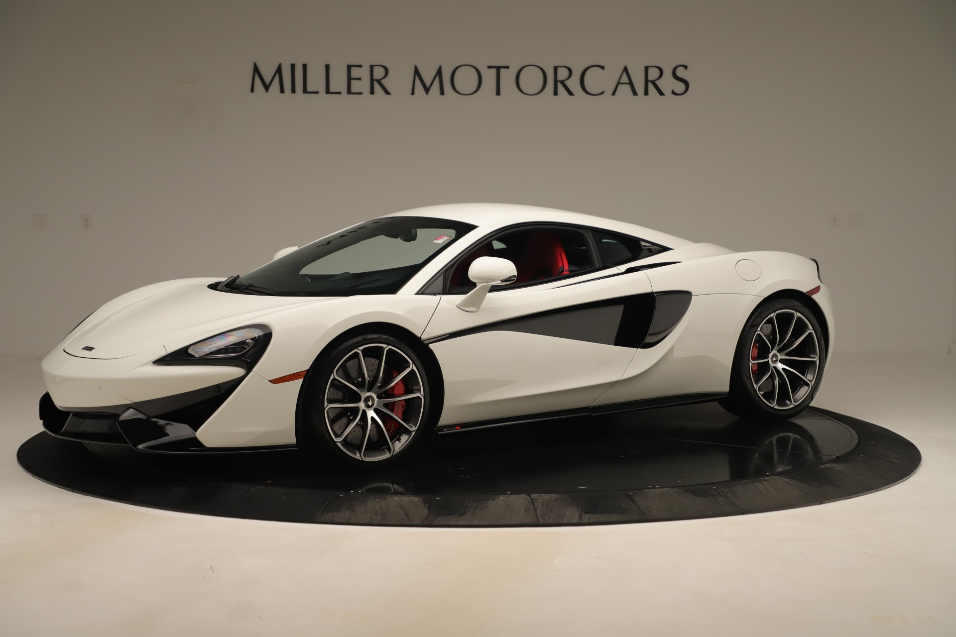 New 2020 McLaren 570S for sale $215,600 at Pagani of Greenwich in Greenwich CT 06830 1