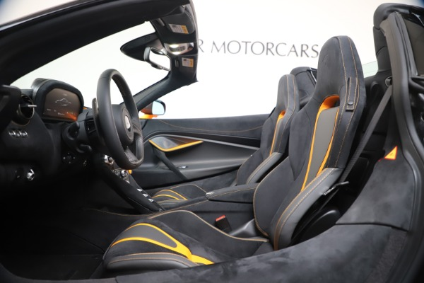 New 2020 McLaren 720S Spider Convertible for sale $374,440 at Pagani of Greenwich in Greenwich CT 06830 25