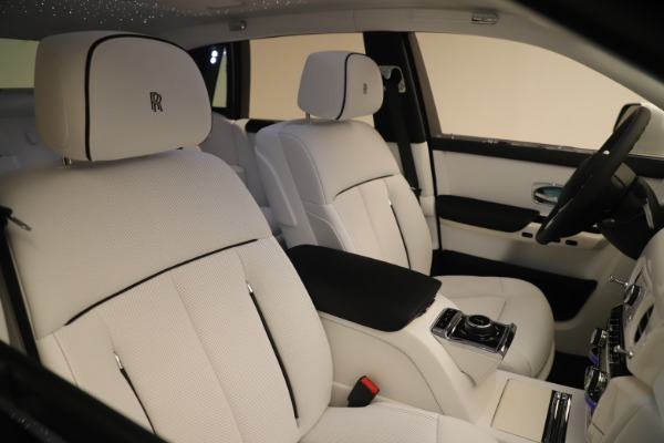New 2020 Rolls-Royce Phantom for sale $545,200 at Pagani of Greenwich in Greenwich CT 06830 28