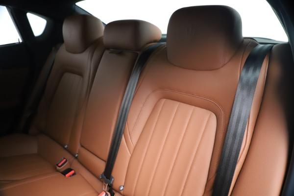 Used 2016 Maserati Quattroporte S Q4 for sale Sold at Pagani of Greenwich in Greenwich CT 06830 18