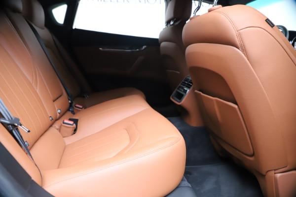 Used 2016 Maserati Quattroporte S Q4 for sale Sold at Pagani of Greenwich in Greenwich CT 06830 27