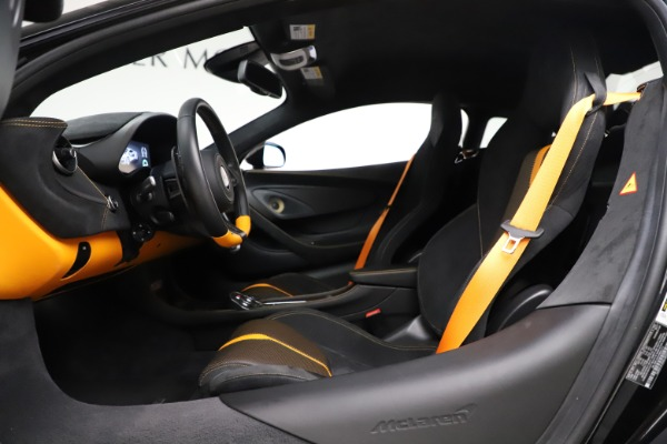 Used 2017 McLaren 570S Coupe for sale $161,900 at Pagani of Greenwich in Greenwich CT 06830 17
