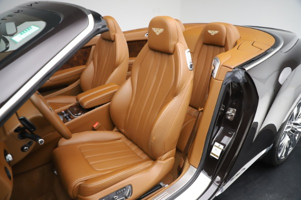 Used 2013 Bentley Continental GT W12 for sale Sold at Pagani of Greenwich in Greenwich CT 06830 25