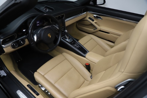 Used 2016 Porsche 911 Targa 4S for sale Sold at Pagani of Greenwich in Greenwich CT 06830 14