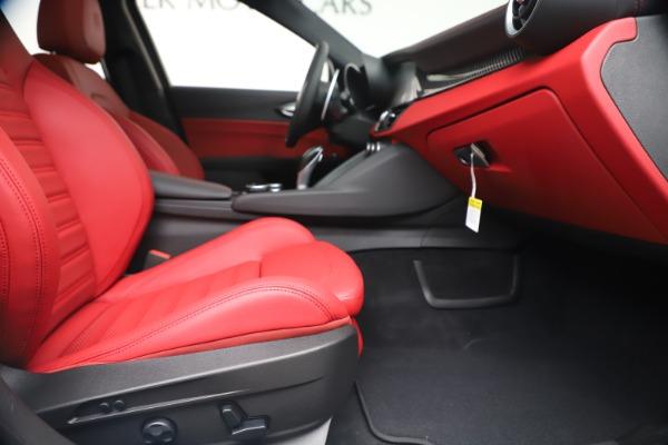 New 2019 Alfa Romeo Giulia Ti Sport Carbon Q4 for sale Sold at Pagani of Greenwich in Greenwich CT 06830 24